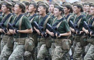 Savaşın eşiğine gelen Rusya ile Ukrayna ordularının...