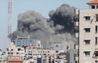İsrail ordusu, AP ile Al-Jazeera'nın ofisinin...