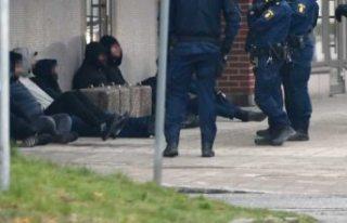 İsveç'te çeteler mahkeme önünde birbirine...