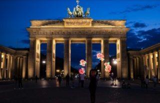 Almanya'dan üçüncü ülkelerden turistik seyahatlerle...