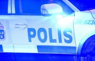 Malmö'deki bir bakkalda iki grup arasında kavga...