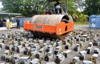 Polis, Bitcoin madenciliğinde kullanılan cihazları...
