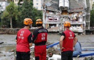 Batı Karadeniz'de sel felaketi: Can kaybı 58'e...