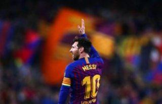'Dünyanın en iyi futbolcusu' boşta, Messi'nin...