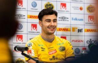İsveç'teki başarılı gurbetçi futbolcu Türkiye'ye...