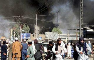 """""""Taliban dört bir yandan başkent Kabil'e..."""