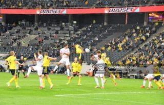 İsveç sürpriz yaptı İspanya'yı 2-1'le...