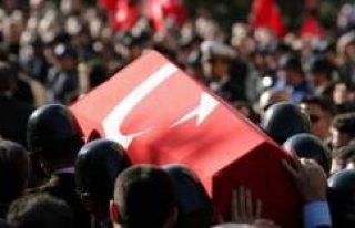 Afrin'de 8 asker şehit oldu