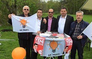 AK Parti SKM, seçim için İsveç'te otobüs...
