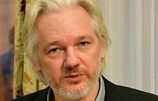 Assange, Londra'da ifade vermeyi kabul etti