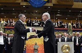 Aziz Sancar Nobel Ödülü'nü İsveç Kralı'nın...