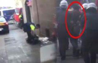 Barcelona'daki Saldırıda Şüphelilerden Biri...