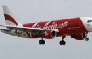 Bir kayıp uçak vakası daha! 162 kişi vardı uçakta