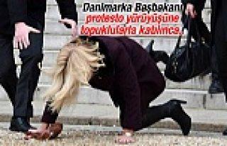 Danimarka Başbakanı Paris'te kötü düştü...VİDEO/FOTOĞRAF