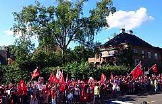 Darbe girişimi Norveç'te protesto edildi