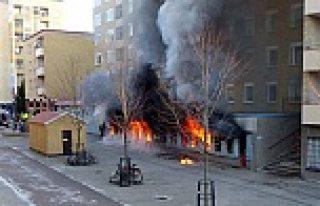 Eskilstulna Cami yangınında ki ilk rapor: Kundaklama...