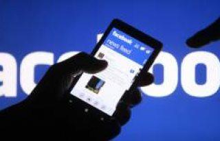 Facebook çöktü! Sosyal medya kullanıcıları peş...