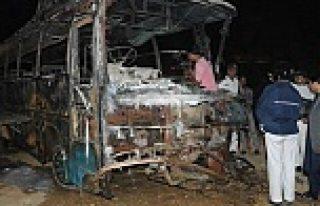 Feci kaza en az 57 yolcu yanarak öldü