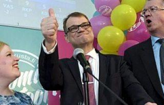 Finlandiya'da seçimin galibi Merkez Partisi...