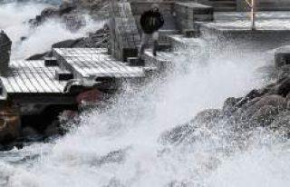 Fırtına Norveç'i vurdu