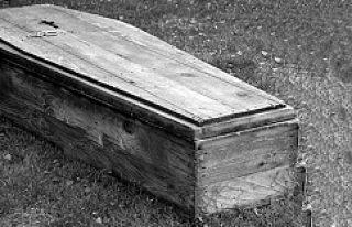 Göteborg mezarlığında geçici olarak tutulan ceset...