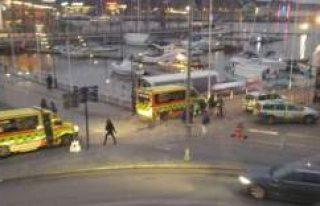 Göteborg'de sokak kavgasında 3 genç bıçaklandı