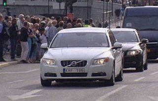 Gurbetçiler arabaları Türkiye'de 2 sene bırakabilecek...