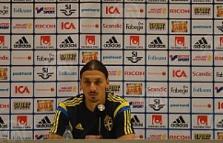 Ibrahimovic bakın şimdi de neye el attı!