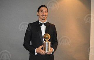 Ibrahimovic, İsveç'te yılın futbolcusu seçildi