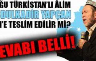 İşgal atında ki Doğu Türkistan lideri Abdülkadir...