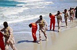 IŞİD'in korkunç infazları bitmiyor!