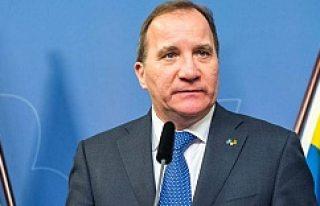 """İsveç Başbakanı: """"Bıçakla Saldırmak Terör..."""