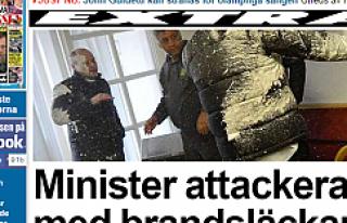 İsveç Göç Bakanı'na Saldırı