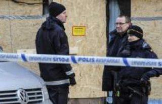 İsveç polisi 3 kişiyi terör şüphesiyle gözaltına...
