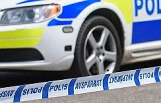 İsveç'te bıçaklı saldırılar bitmiyor!