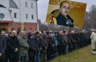 İsveç'te gurbetçi gencin cenazesi toprağa...