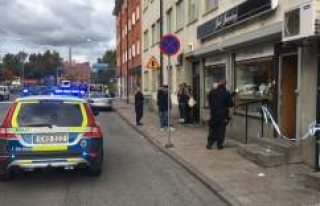 İsveç'te kuyumcuyu soyan hırsızlar hemen...