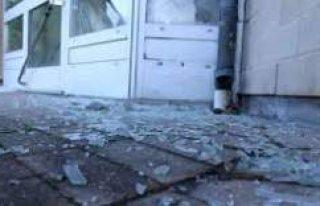 İsveç'te polis karakoluna bir bombalı saldırı...