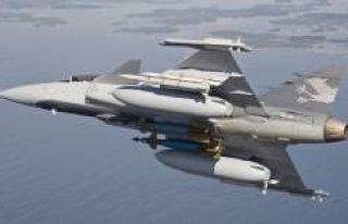 İsveç'te savaş uçaklarını görüntüleyene...