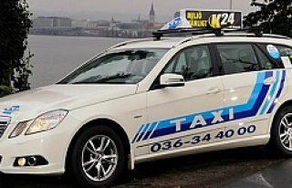 İsveç'te taksi şoförü param yok diyen kadına...