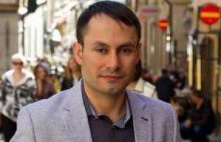 İsveç'te Türk kökenli siyasetçi birinci...