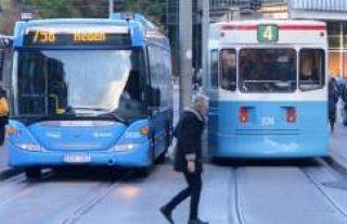 İsveç'te yazın öğrencilere otobüs, tren...