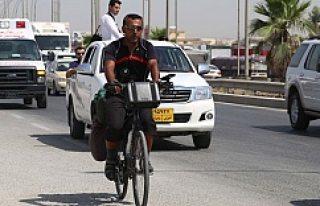 İsveç'ten Irak'a bisikletle gitti