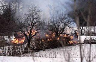 İsveç yine villa yangını ile sarsıldı!