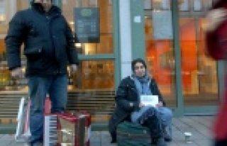 İsveç'e dilenmeye gelen Romen'e lotto'dan para çıktı