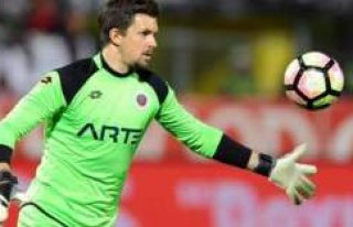 İsveçli Kaleci Fenerbahçe'ye transfer olacak...