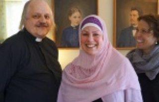 İsveçli Papazın kızı, Müslüman oldu