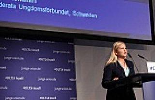 İsveçli siyasetçiden, Müslümanlara ön yargılı...