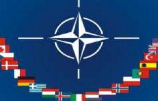 İsveçlilerin Sadece Üçte Biri NATO Üyeliğinden...
