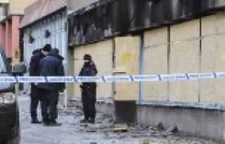 İsveç'te bir cami daha yakıldı